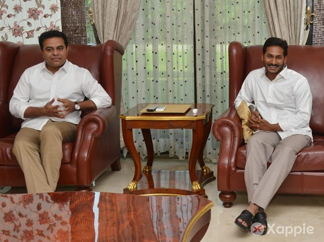 KTR predicts YSRCP victory in AP