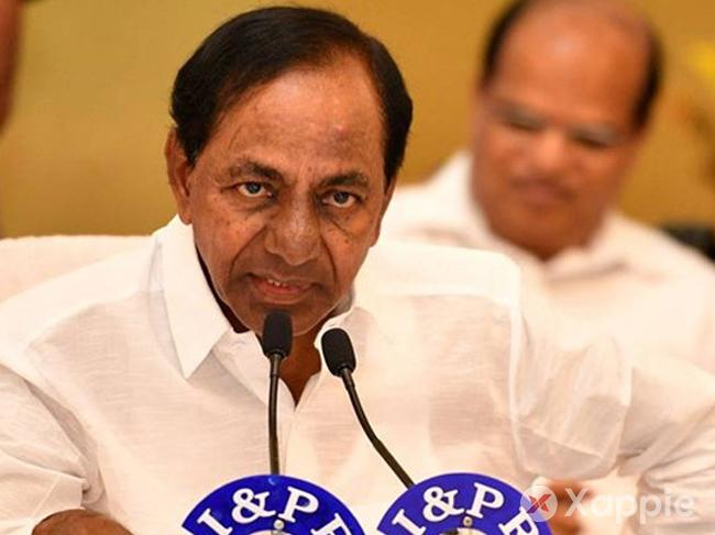 Finally KCR to govern from state secretariat after many days