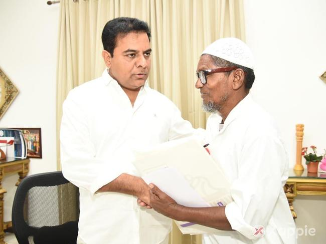 KTR Assurance to Chaush, an Ice-Gola Seller