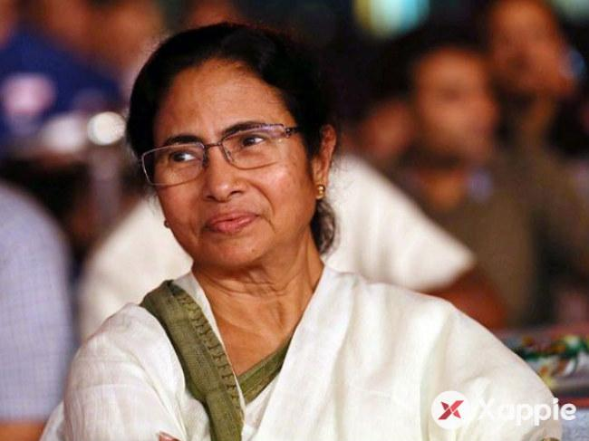 EC must check vehicles of PM, Union Ministers: Mamata Banarjee