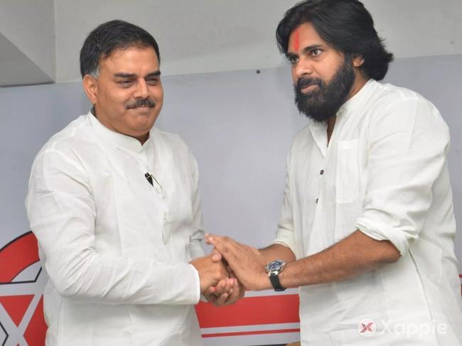 Pawan wants Nadendla to contest as MP ?