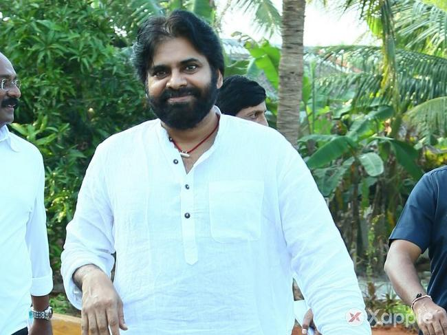 Pawan kalyan's outstanding move is gaining applause all over!