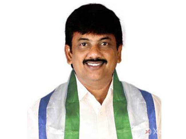 Puri Jagannadh's brother to contest from YSRCP