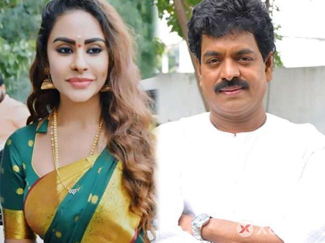 Sri Reddy campaigns for Sivaji Raja in MAA Elections