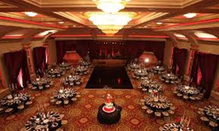 Salon La Perla Banquet Hall