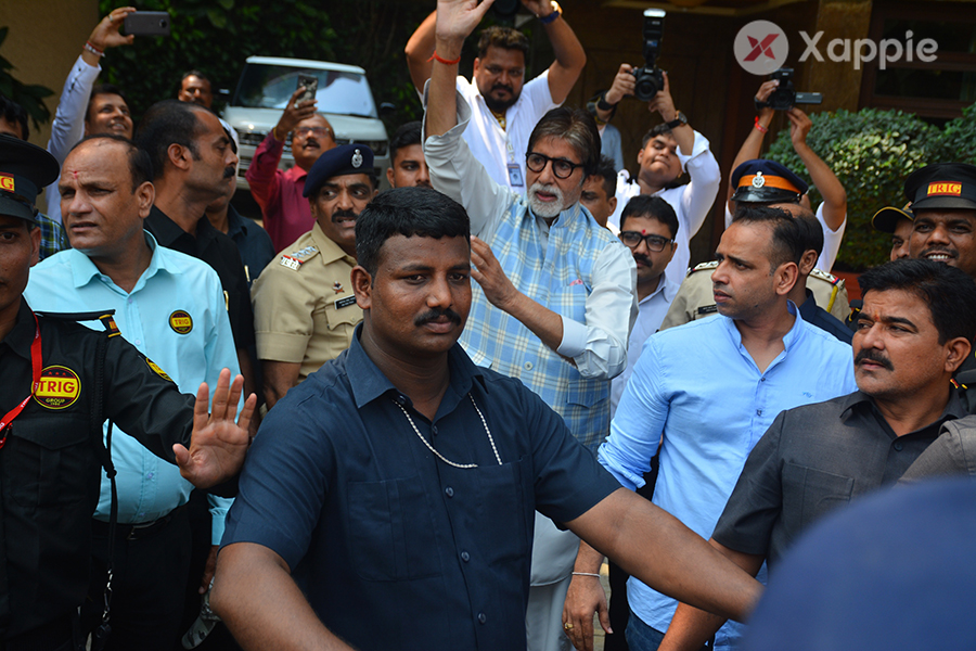 Amitabh Bachchan meets his fans on his birthday at his jouse in Juhu