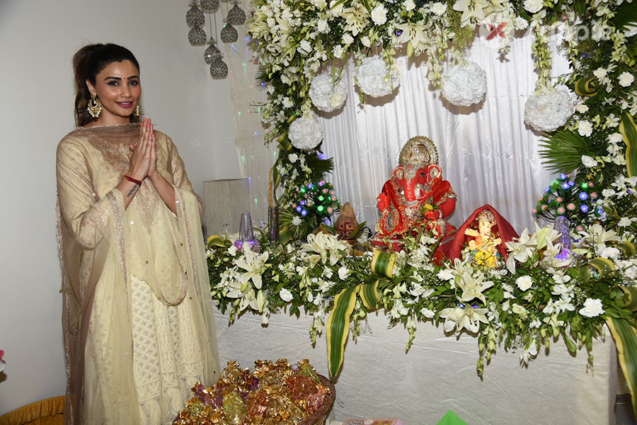 Daisy Shah snapped celebrating Ganesh Festival 2018 at her residence
