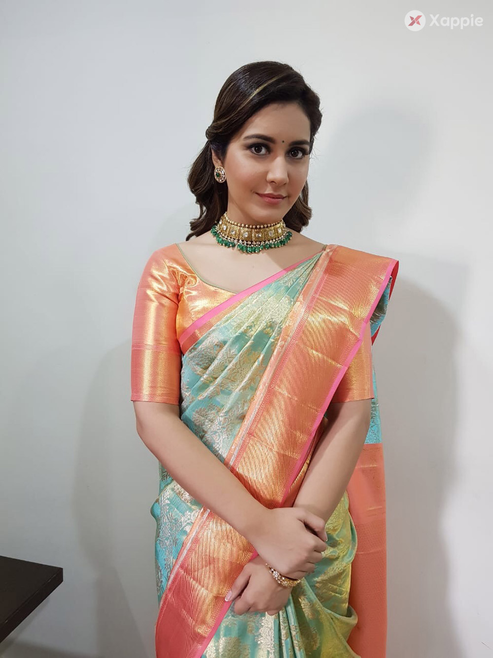 Latest Pictures of Rashi Khanna