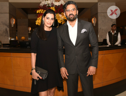 Suneil Shetty and Shweta Bachchan at 25 years celebrations of Thai Pavilion - Photos