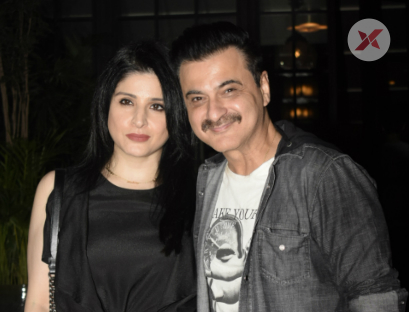 Maheep & Sanjay Kapoor Spotted At Soho House In Juhu - Photos