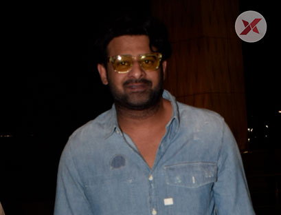 SS Rajamouli & Prabhas Spotted At Airport - Photos