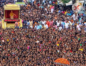 Long queues, packed crowds back in Sabarimala as pilgrims ock to hill shrine