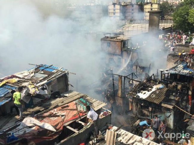 Fire breaks out at a slum in Mumbai
