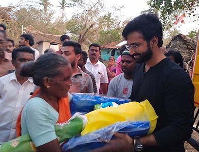 While a lot of youngsters and relief teams are working towards helping the survivors of Gaja Cyclone