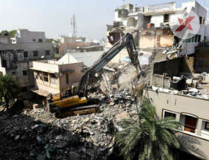 Chennai corporation demolish unauthorised building at Vadapalani