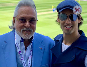 Vijay Mallya spotted at Ind-Aus Match, the crowd shouts 'Chor, Chor'!